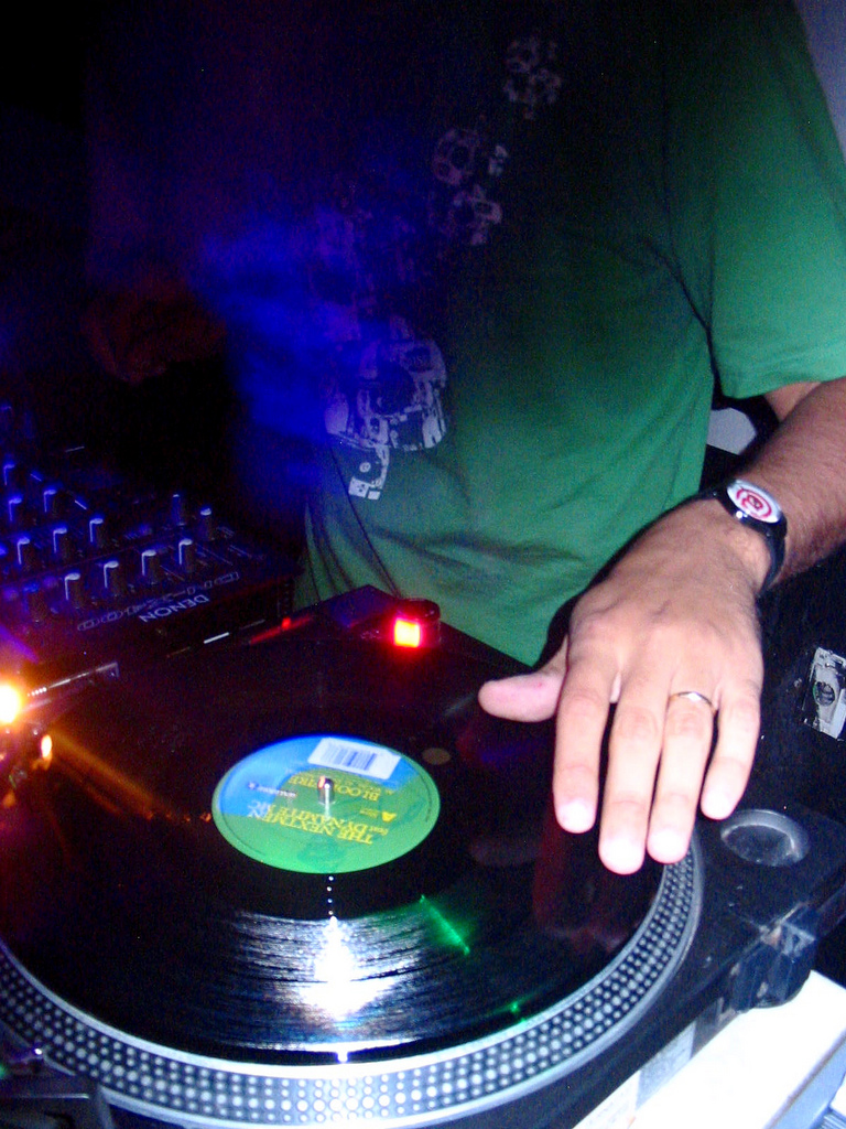 VA - Best Trance Megamix Vol. 1 (Mixed By DJAnonimo)